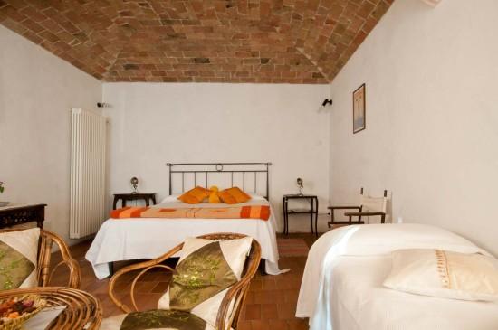 Borsalino room - Cascina rosa b&b, bed and breakfast in Monferrato