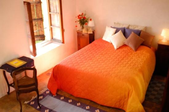 Rose rosse room - Cascina rosa b&b, bed and breakfast in Monferrato