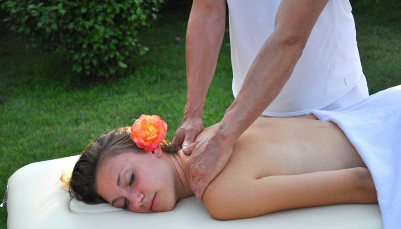 Su prenotazione, massaggi rilassanti a Cascina rosa b&b!